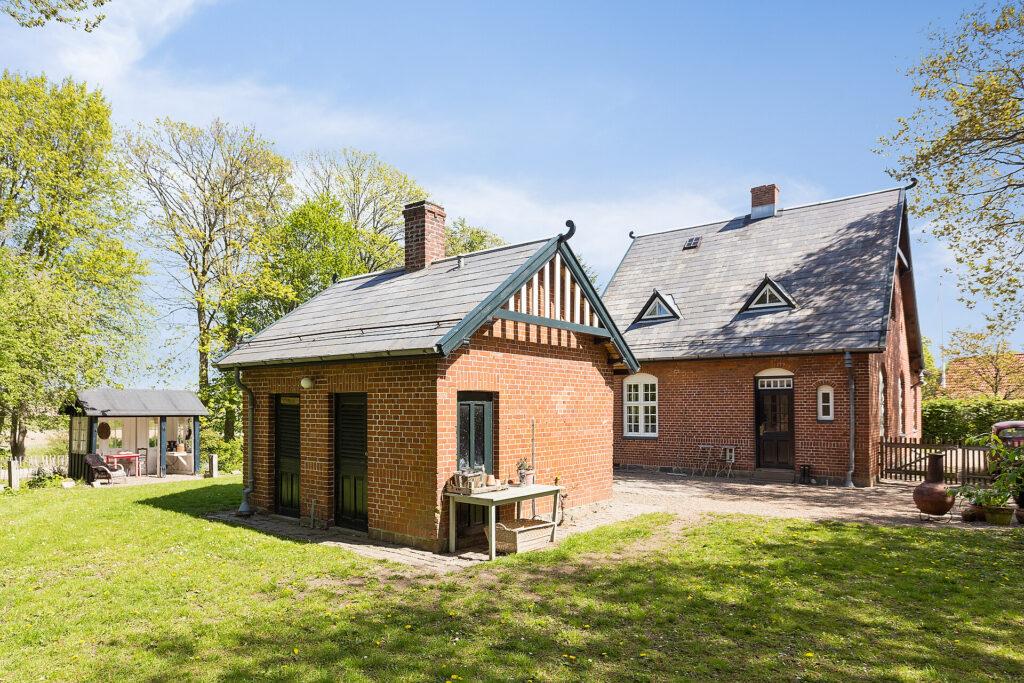 Stationsbygning i Ormslev Stationsnsby omdannet til bolig