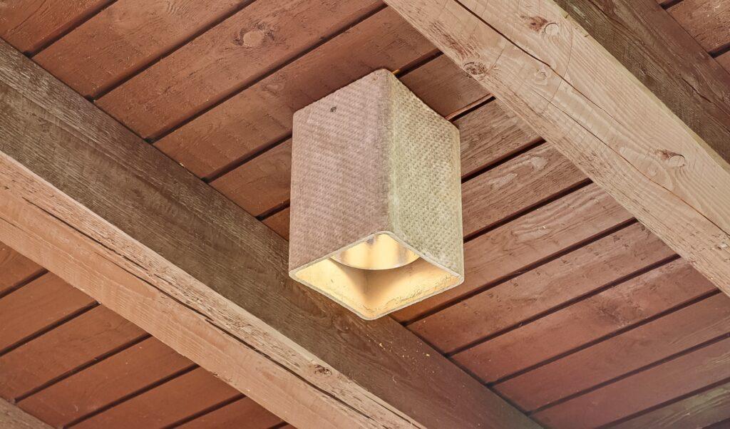 betonlampe, arkitekttegnet sommerhus