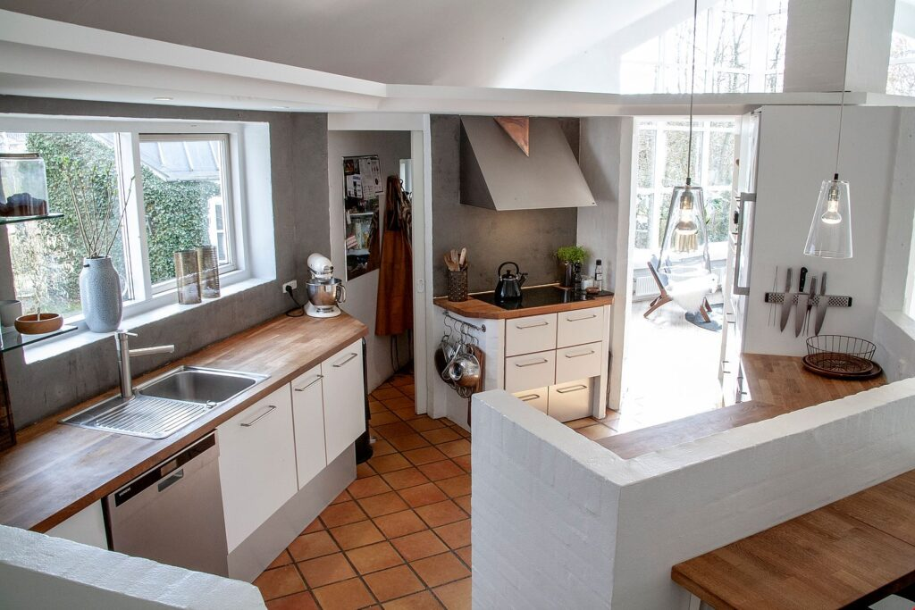 Køkken i villa i faldsled