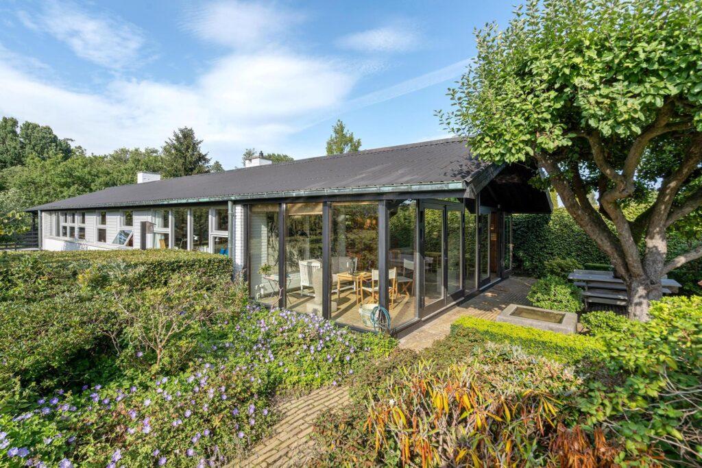 Børge Mogensen, Børge Mogensens hus i Gentofte til salg. udestue, Arkitekttegnet hus til salg