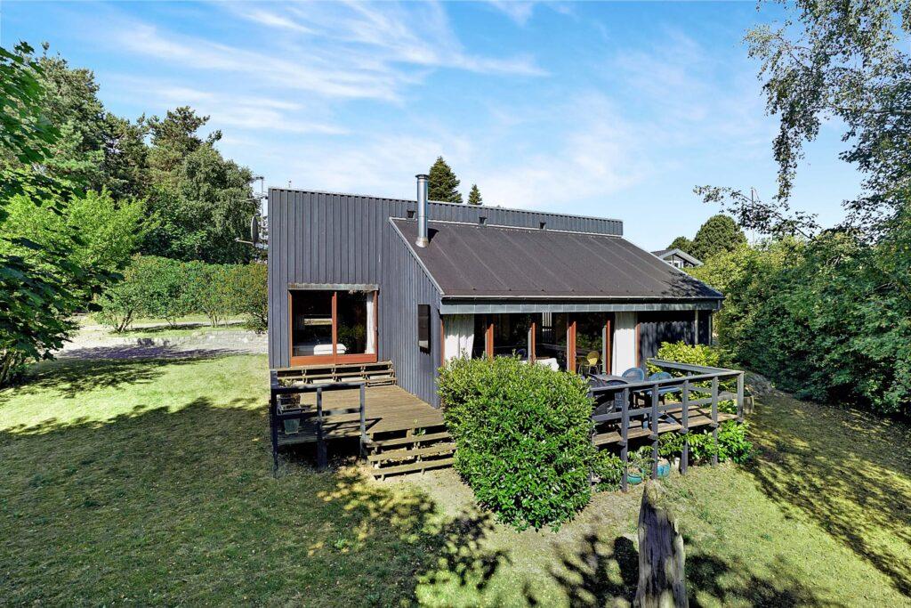 Arkitekttegnet sommerhus til salg i Ebeltoft, Arkitekttegnet fritidshus fra 1960'erne