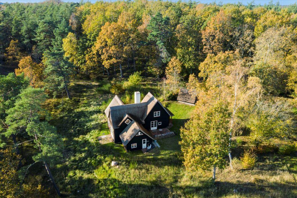 Sommerhus i Tibirke Bakker, Arkitekttegnet hus til salg