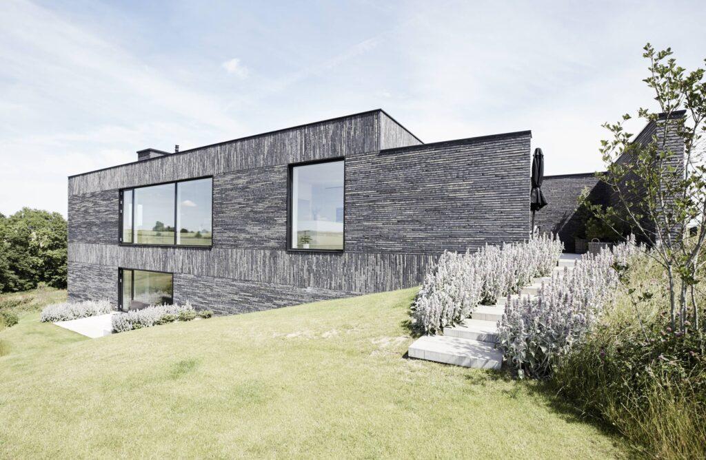 Arkitekttegnet villa i Odder, Arkitekttegnet hus