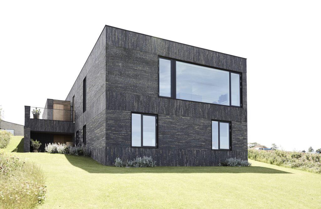 Arkitekttegnet hus til salg, minimalistisk nybygget villa