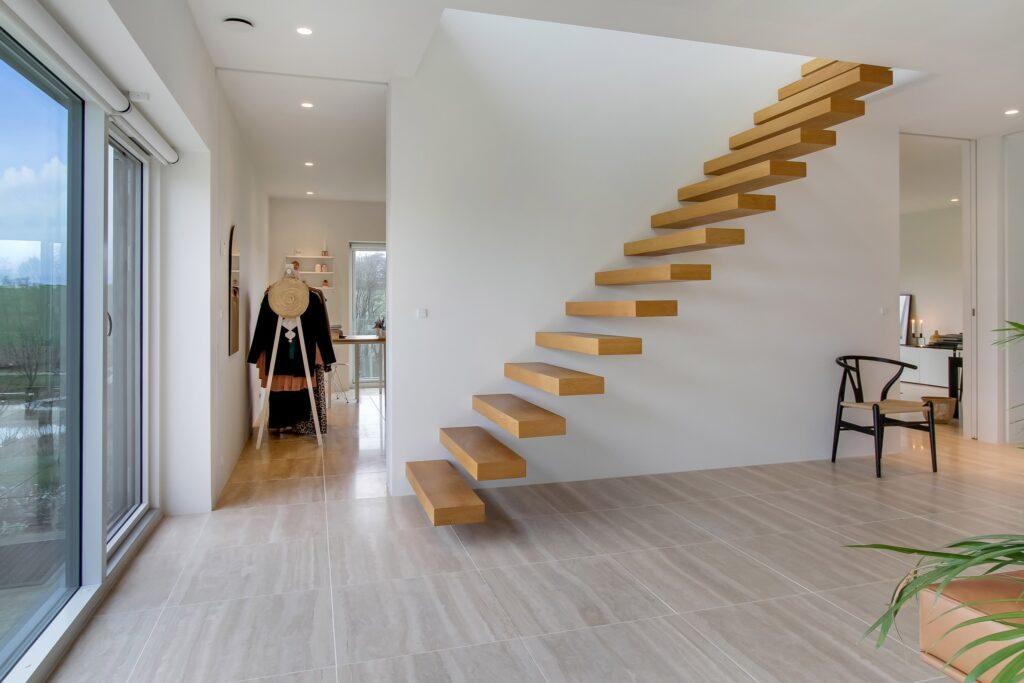 vild trappe, svævende trin