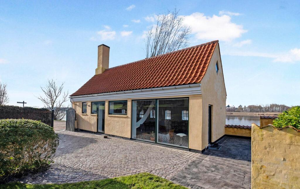 Historisk hus ved Gentofte Sø til salg, Idyllisk hus i gentofte