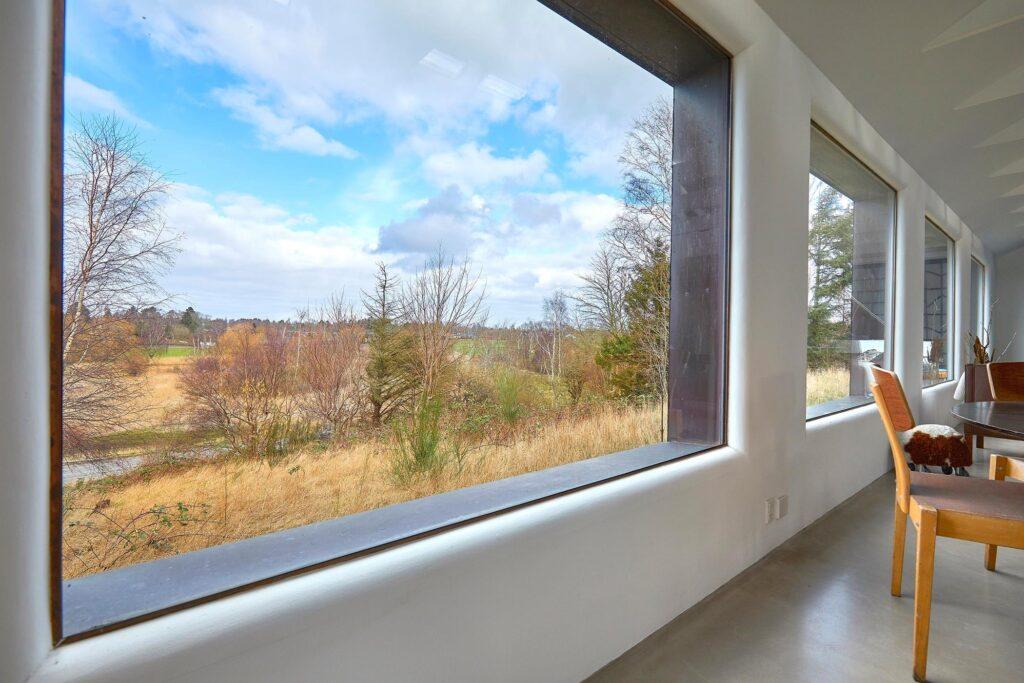 Arkitekttegnet fritidshus i Tisvilde, Arkitekttegnet sommerhus, Arkitekt Tage Lyneborg, Bjørn Nørgaard