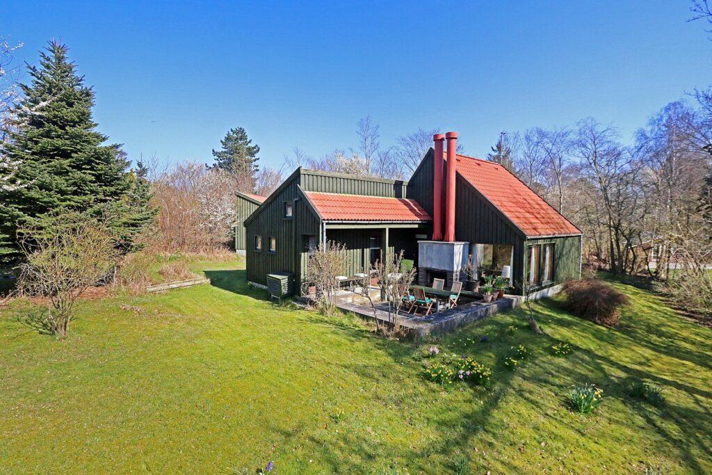 Arkitekttegnet sommerhus til salg ved Nykøbing Sj. 70'er sommerhus, Gori grøn