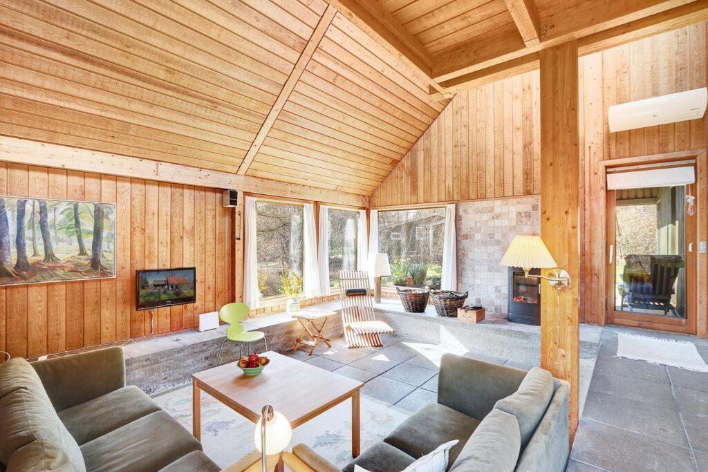 Råt 70'er sommerhus, arkitekttegnet