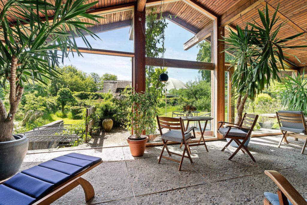 Havestue japansk inspireret hus, Arkitekttegnet villa, 70'er arkitektur