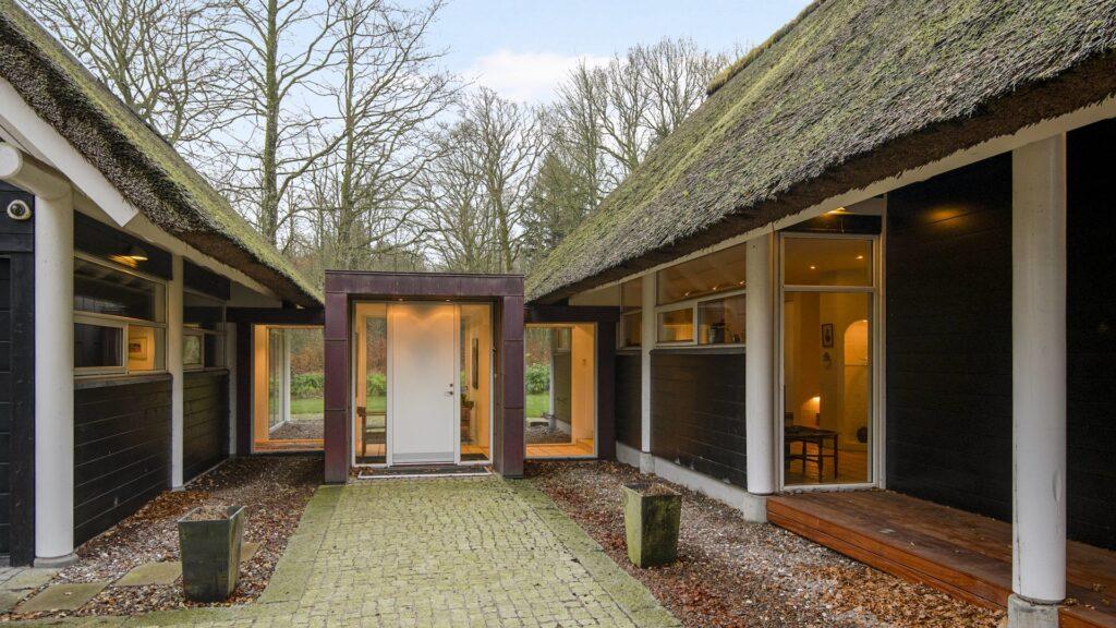 Skovhytte, arkitekttegnet landhus, arkitekttegnet skovhytte, moderne skovhytte, modern cottage, Hans Dall,
