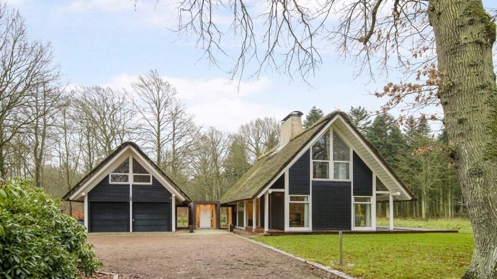 Arkitekttegnet hus, arkitekttegnede huse, arkitekt Hans Dall, Moderne skovhytte