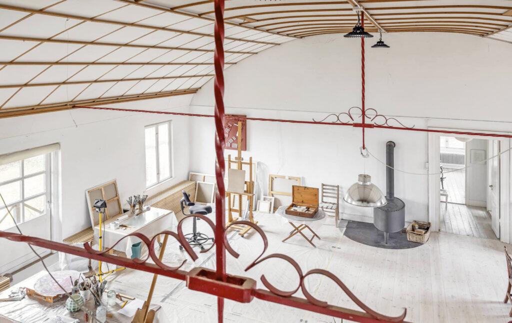 Atelier i gammel teatersal, smukt rum, villa i Gl. Holte